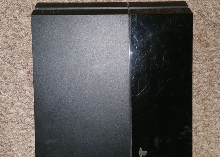 Ps4 console  - 1