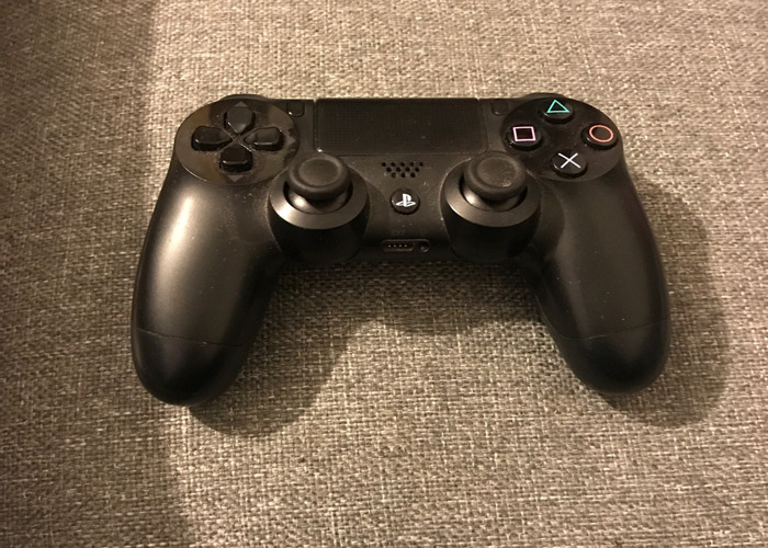PS4 Controller  - 2