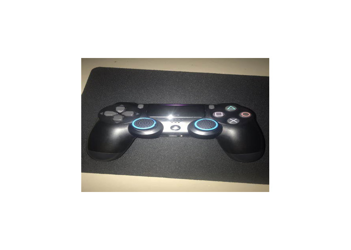 PS4 Great condition - 1