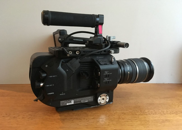PXW-FS7 camera kit - 1