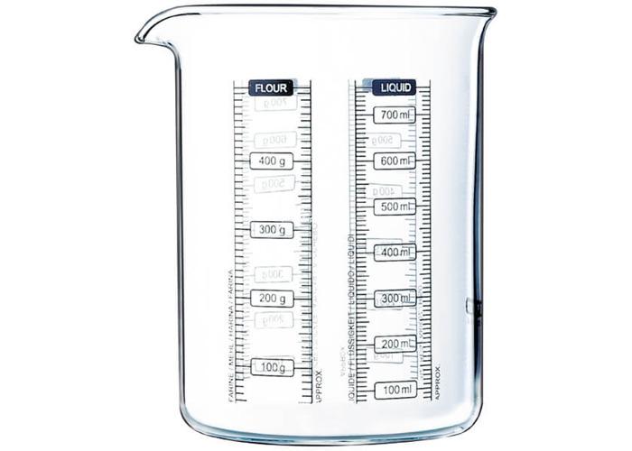 Pyrex 750 ml Kitchen Lab Measure and Mix Beaker - 1