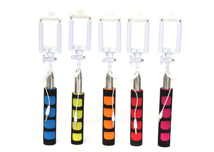 Q-1 Extendable Folding Handheld Telescopic Remote Monopod Selfie Stick For Mobile Phone - 1