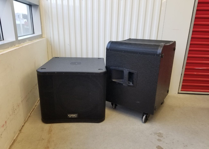 QSC KW SPEAKER SYSTEM- w KW153 tops (free delivery) - 2
