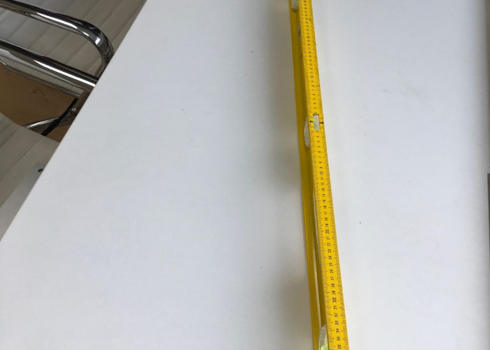 Quality 1 Metre Spirit Stanley Level with measuring stick - 2