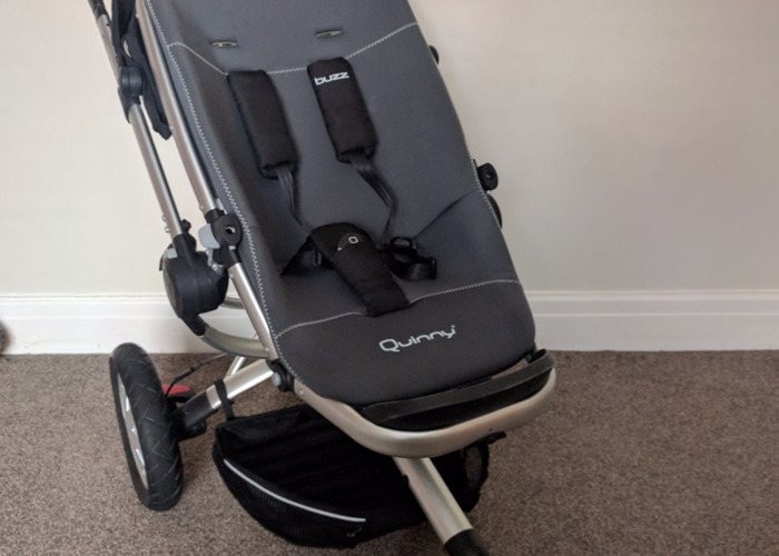Quinny 2 in 1 pram including car seat *MINT COND* - 1