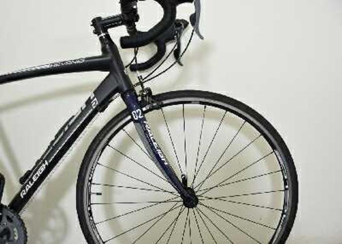 raleigh road-bike-57483390.jpg