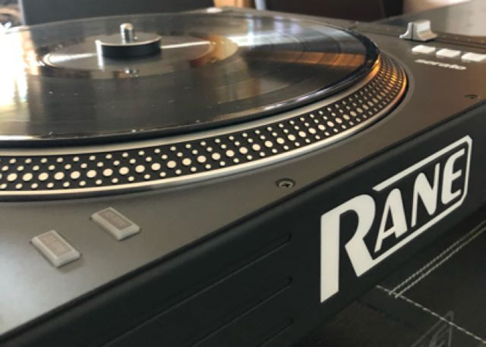 Rane Twelve Dj Controller Turntable - 1