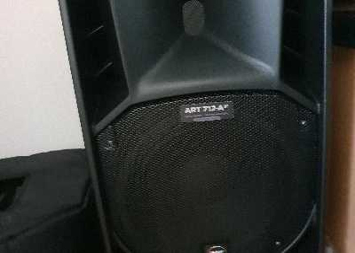 Pair of Rcf 712a mkIV Speakers + Stands + Cables - 2