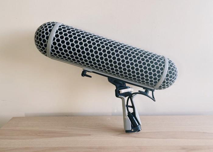 RØDE Blimp - Microphone suspension windshield system - 1