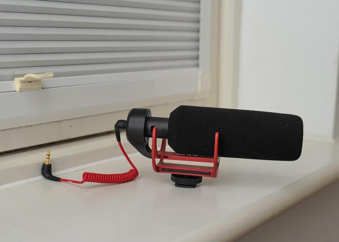 rde videomic-go-on-camera-microphone-40123752.jpg