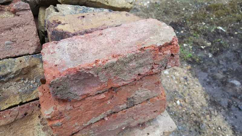 Reclaimed London Stock Bricks - 1