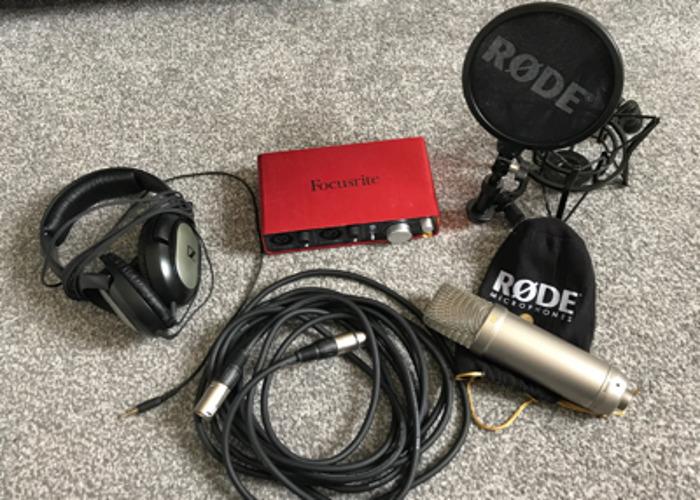Rode NT1-A Condenser Microphone & Focusrite Scarlett 2i2 Interface - 1