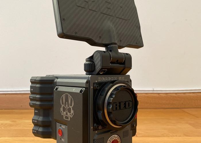 Red Digital Cinema SCARLET-W Dragon5K Camera Package EFMount - 2