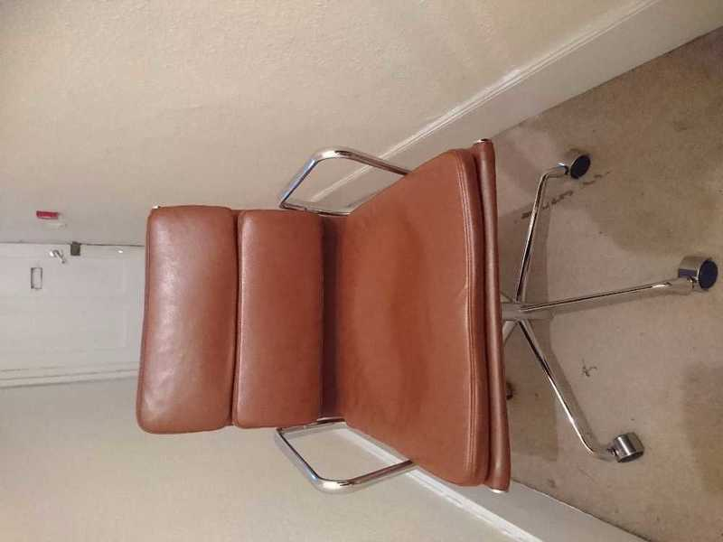 Reproduction Leather Herman Miller Eames Office Chair - 1
