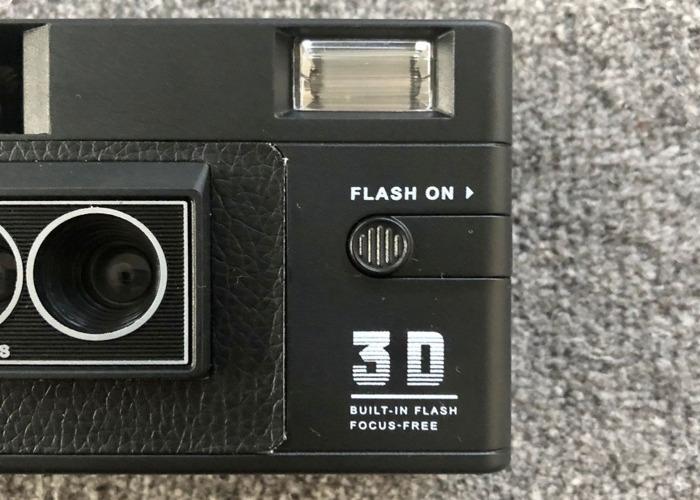 RETO3D 3D Film Camera w/Flash (Similar to Nishika/Nimslo) - 2