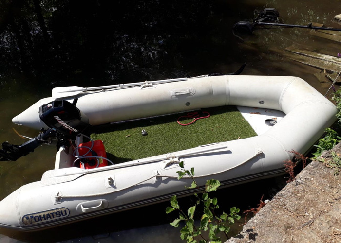 Rent RIB with 5HP outboard and trailer in Sunbury-on-Thames