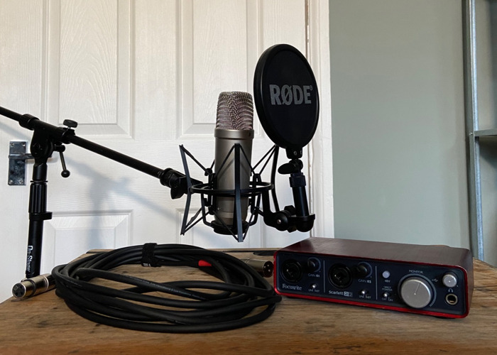 Rode NT1-A  & Focusrite 2i2 Recording Bundle - 1