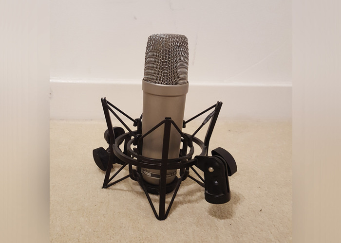 Rode NT1-A - Multipurpose Recording Microphone with Mic Stan - 1