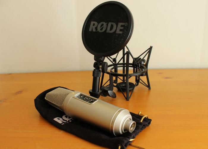 Rode NT2-A Mic - 1