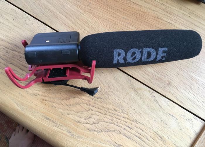 Rode video mic for DSLR  - 1
