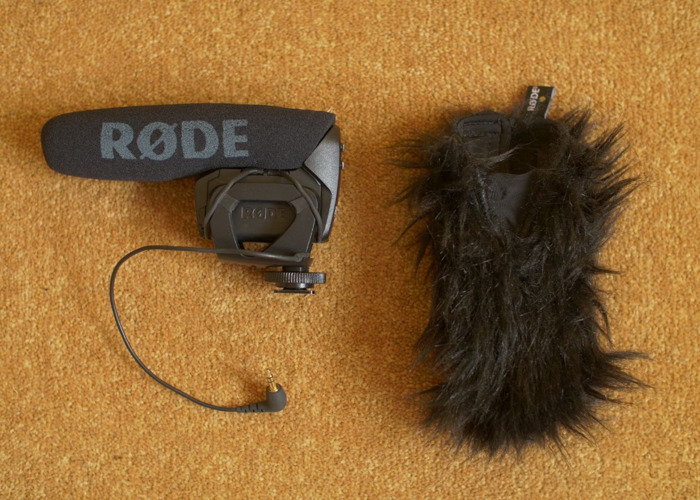 Rode Videomic Pro with Deadcat - 1