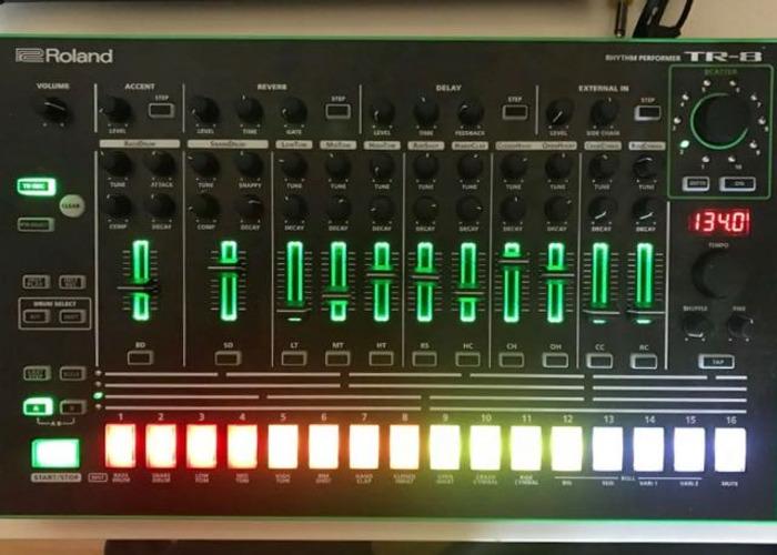 Roland Aira TR-8 - 1