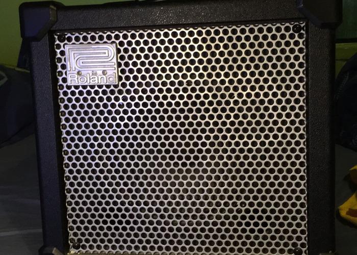 Roland Cube Amp - 1