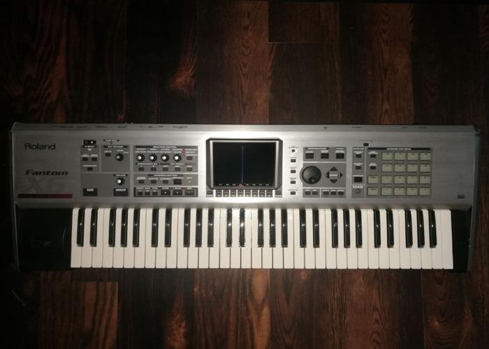 Roland Fantom X6 Synthesizer Workstation - 1