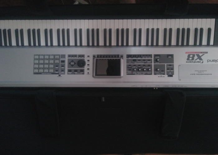 Roland Fantom X8 Keyboard - 2