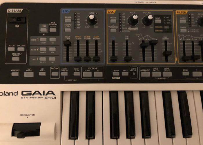 Roland Gaia SH-01 - 2