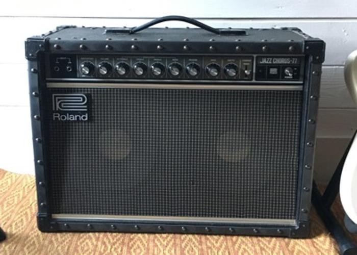 Roland Jazz Chorus JC-77 Amplifier - 1