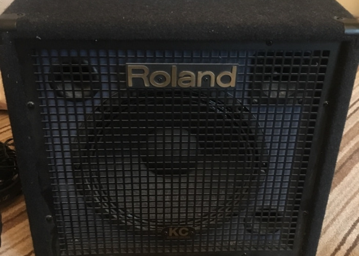 Roland KC-350 4-Ch Mixing Keyboard Amplifier - 1