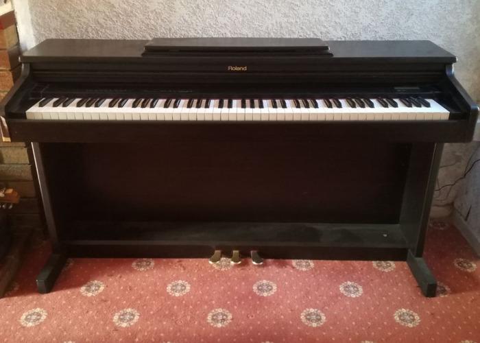 Roland Piano - 1