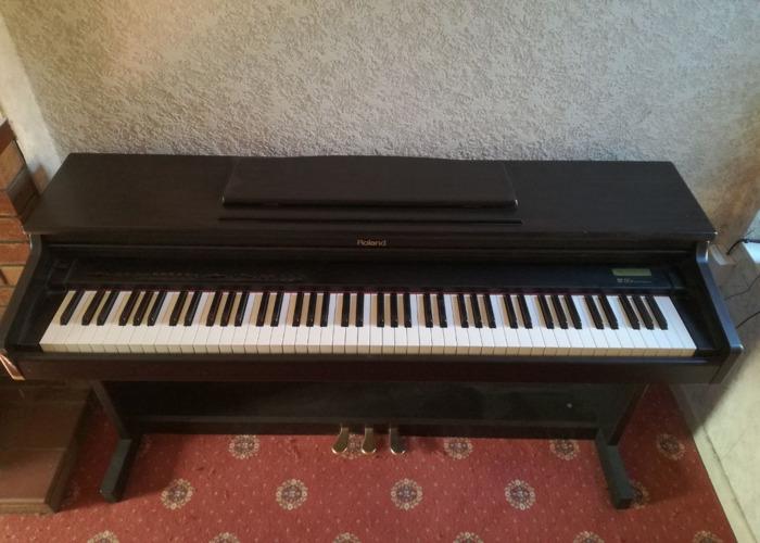 Roland Piano - 2
