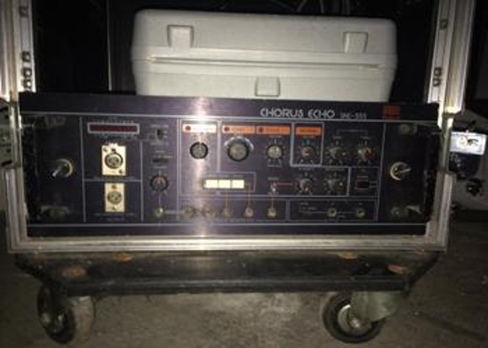 Roland SRE-555 Space Echo  - 2