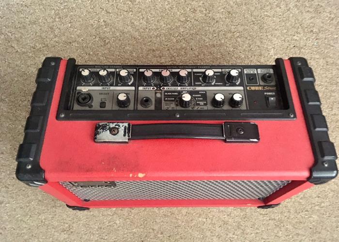 Roland Street Cube Busking Amp - 2