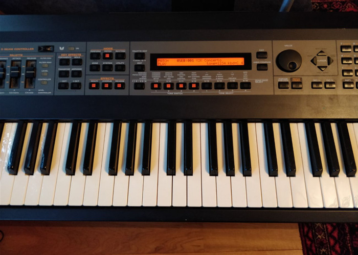 Roland XV-88 128 voice expandable synthesizer - 1
