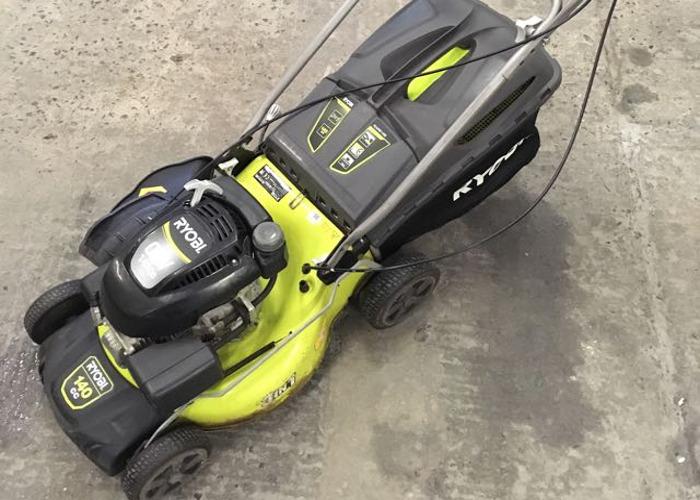 Ryobi 140cc petrol lawnmower self propelling  - 1