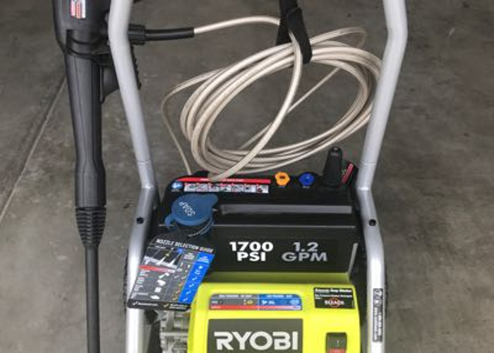 Ryobi 1700 PSI Power Washer - 1