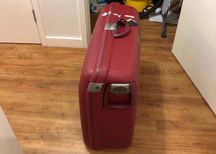 Samsonite Suitcase (large) - 2