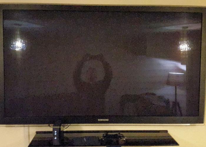 "Samsung 63""  Full 3D / HD TV - 1"