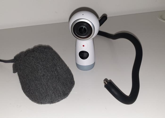 Samsung Gear 360 (2017) VR Camera  - 1