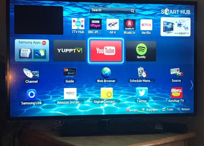 Samsung Smart TV - 1