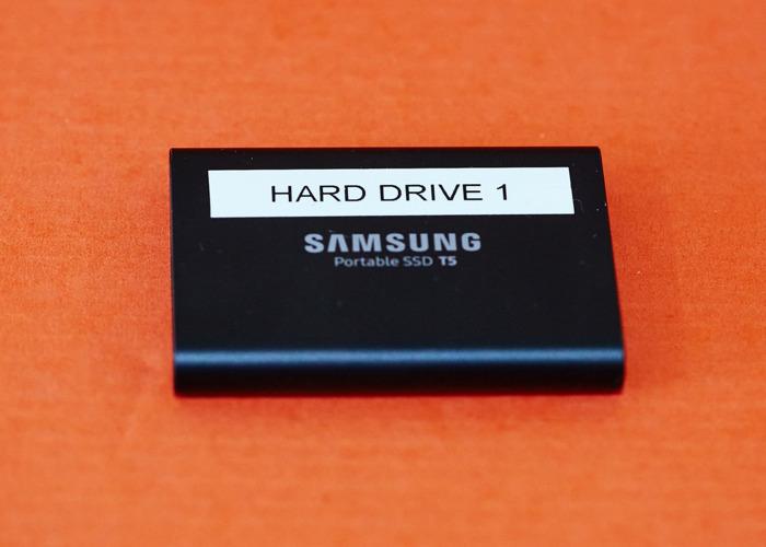 Samsung T5 2TB SSD suitable Blackmagic Camera - 1
