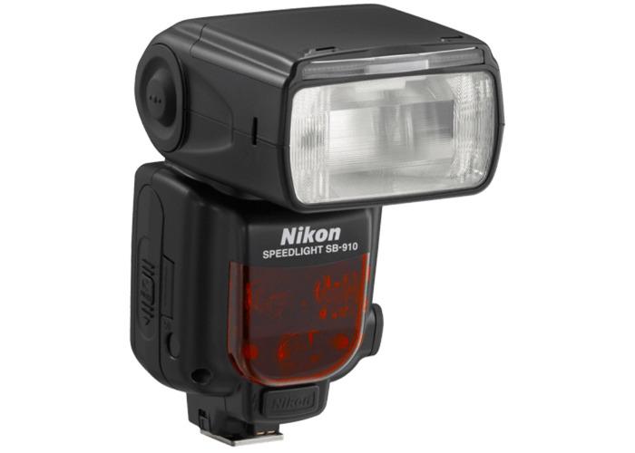 SB-910  Nikon flash - 1