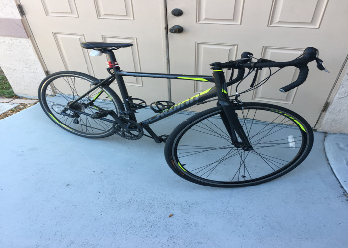 SCHWINN Road Bike - 1