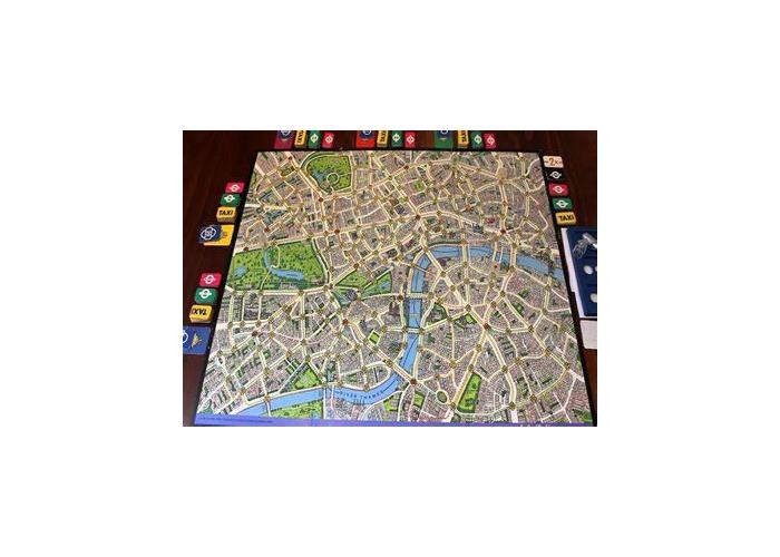 Scotland Yard board game - 1