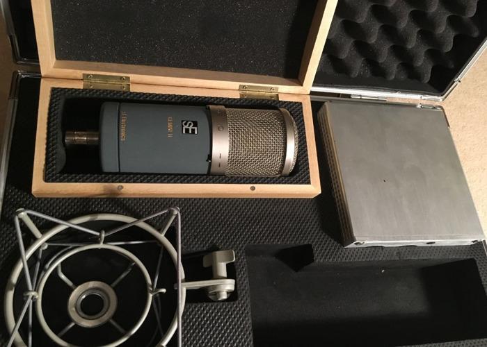 SE Electronics Gemini II Mic - Vacuum Tube Microphone  - 1