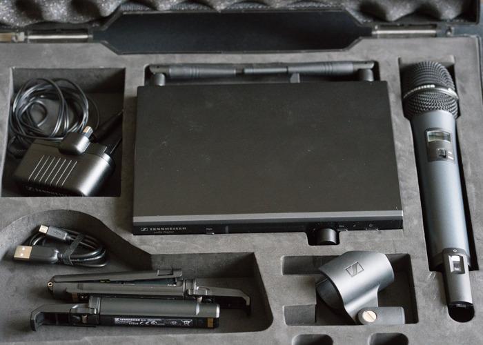 Sennheiser D1 wireless digital microphone - 1