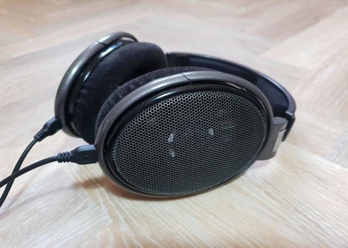 Sennheiser HD650 Open Back Headphones - 1